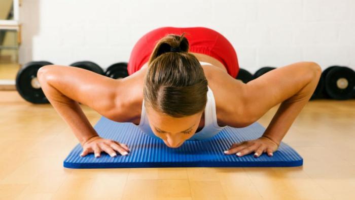 как сделать грудь упругой после кормления