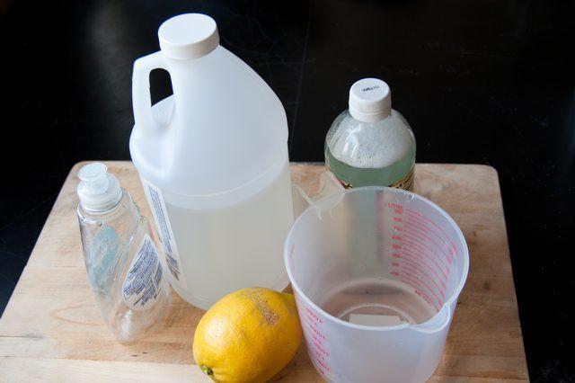 Удаление запахов животных, использование пищевой соды 25