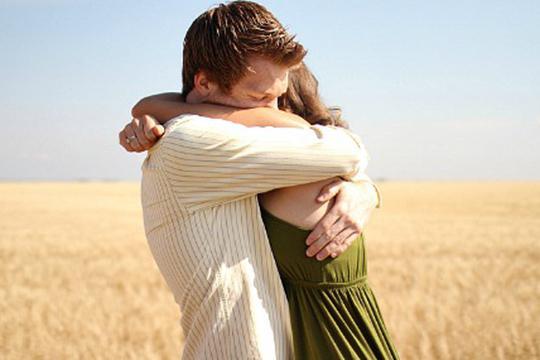 why dream of kissing an unfamiliar man