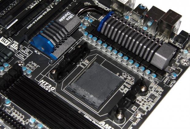 battery on laptop motherboard