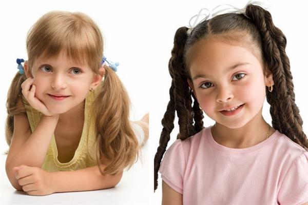 легкая прическа для девочки на длинные волосы