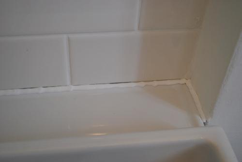Ванной дома деревянного для жидкая гидроизоляция комнаты
