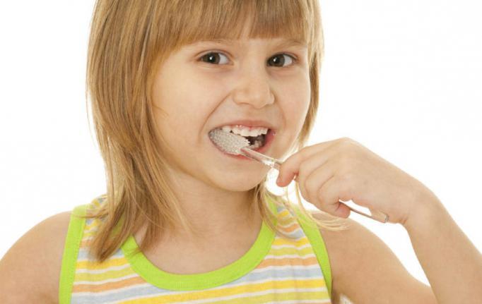 Какие зубы у ребенка меняются