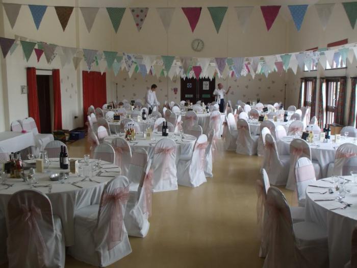 Оформить свадебный зал своими руками 43