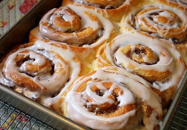 Рецепт сдобных сладких булочек пошагово 39