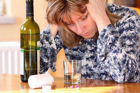 what dose of alcohol is fatal to humans
