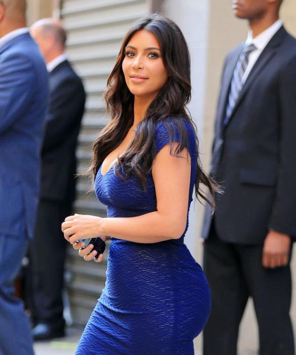 Синее платья на брюнетках фото