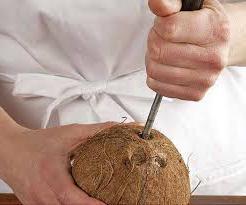 Как расколоть кокос в домашних условиях молотком 20