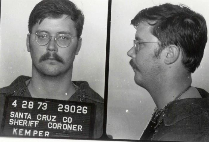 a biography of jeffrey dahmer a serial killer necrophiliac cannibal and psychopath