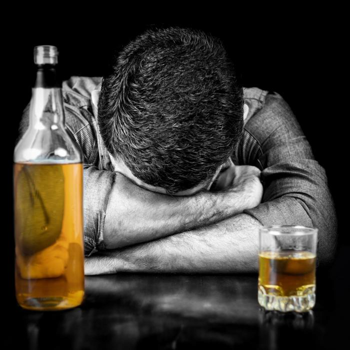 внешние признаки алкоголизма у мужчин