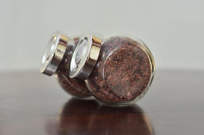 черная соль молотая