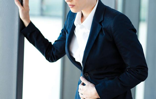 Как лечить язву желудка медикаментозно и в домашних условиях