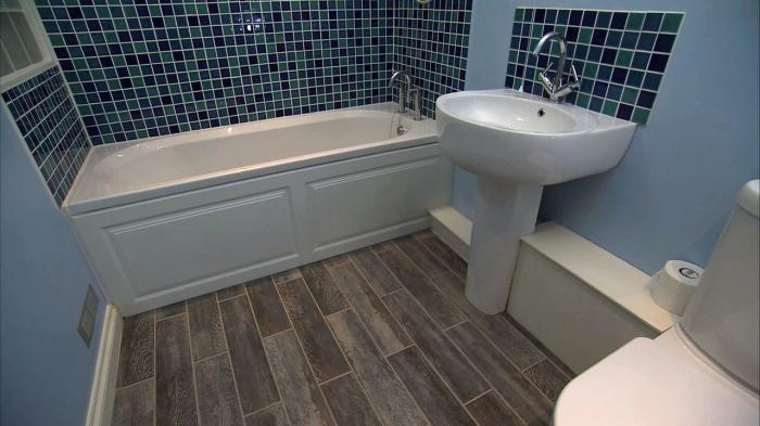 combined bathroom with bath