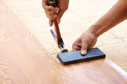 what to lay on the floor laminate or linoleum