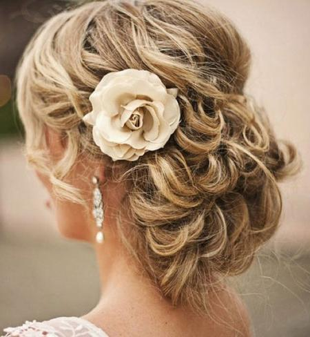 simple evening hairstyles for medium hair