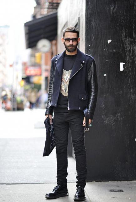 Джинсовая куртка парень