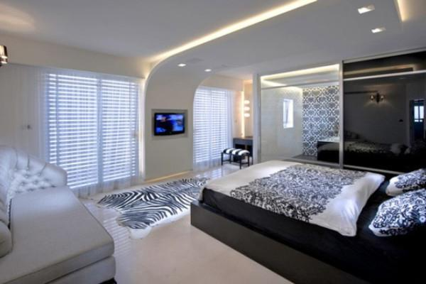 Stretch ceilings in the bedroom