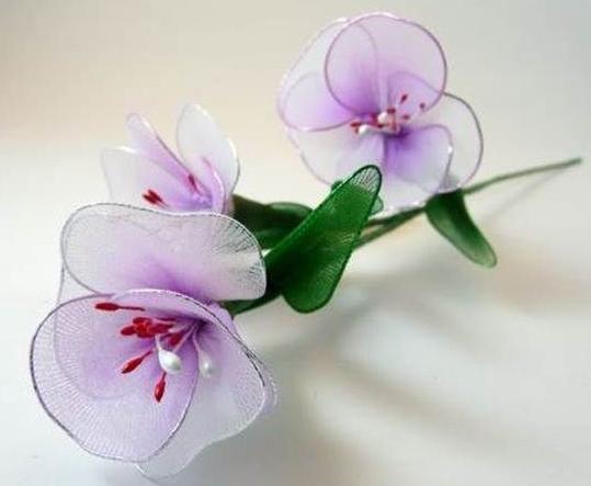 Цветы из подручного материала своими руками фото