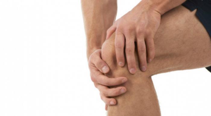 Щелкает колено при разгибании и сгибании почему оно болит что делать лечение