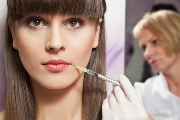 Как увеличивают губы? Женские секреты