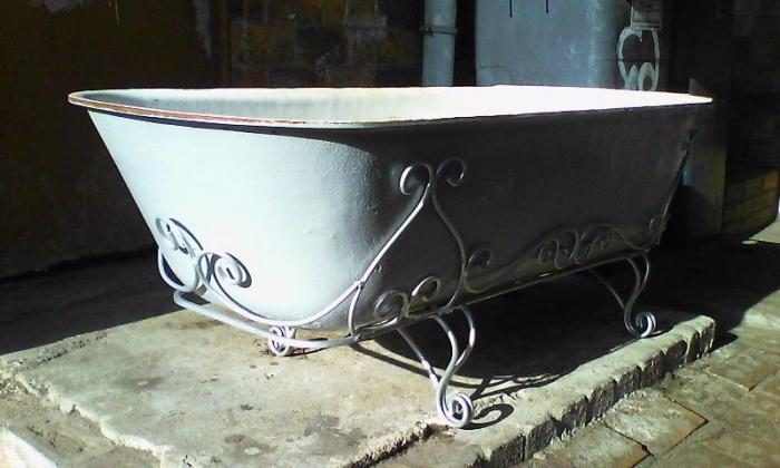 Corner Baths Cast Iron Sizes Prices Photo
