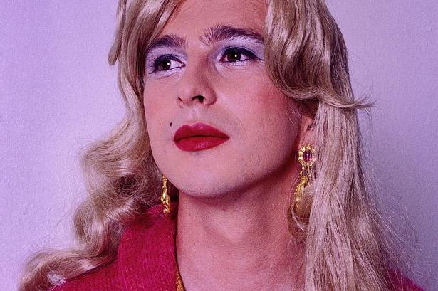 Различие трансвистита от транссексуала