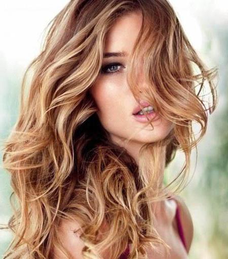 Пшеничный цвет волос с мелированием