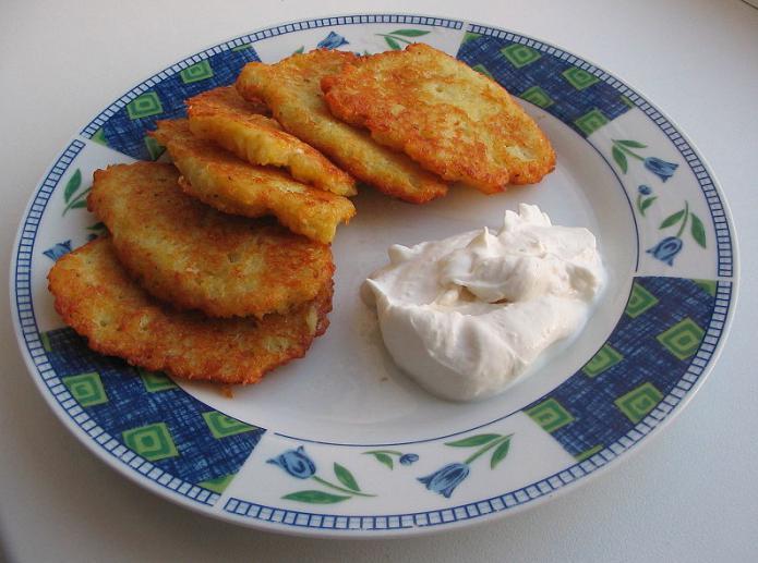 Что можно приготовить из окорочков и картошки на ужин