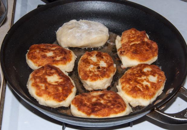 Приготовить куриную печень по грузински