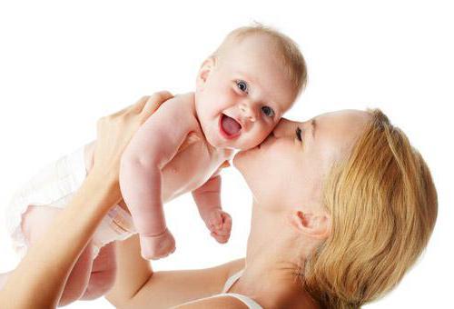 Всё о рационе мамы в период колик у ребенка