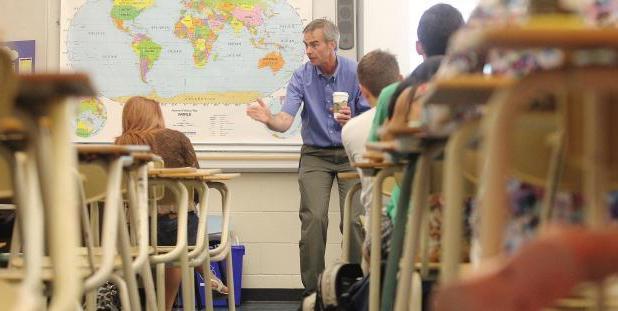 social educator activity