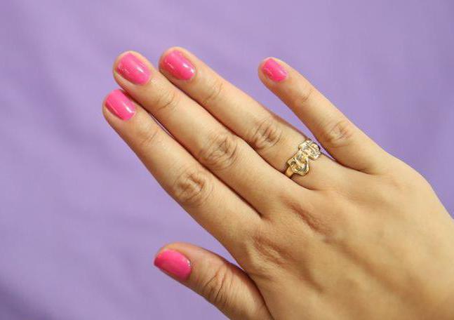Модные маникюры на короткие ногти