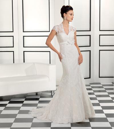 Свадебное платье со шлейфом фото 11