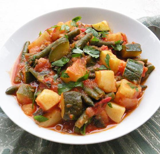 zucchini stewed with meat and vegetables