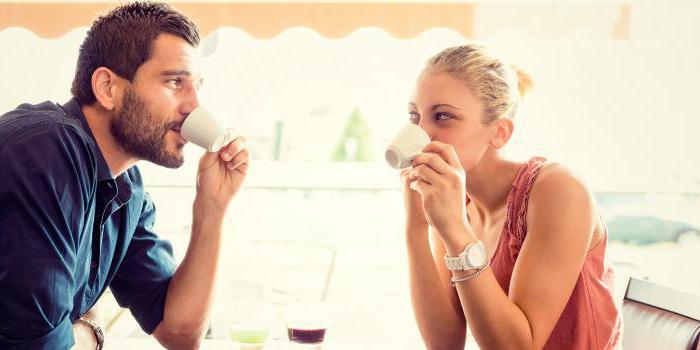 как поцеловать девушку первом знакомстве