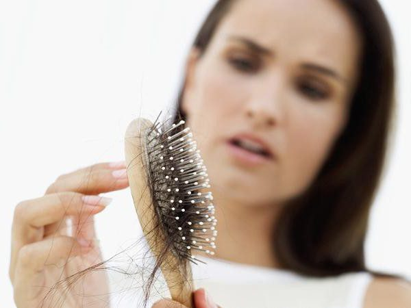 why hair falls on the temples of women