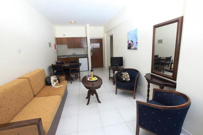 Cyprus papantonia hotel apartments 4