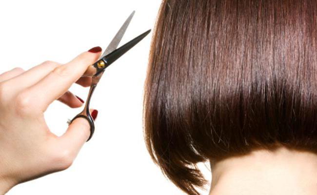 в какой день лучше стричь волосы