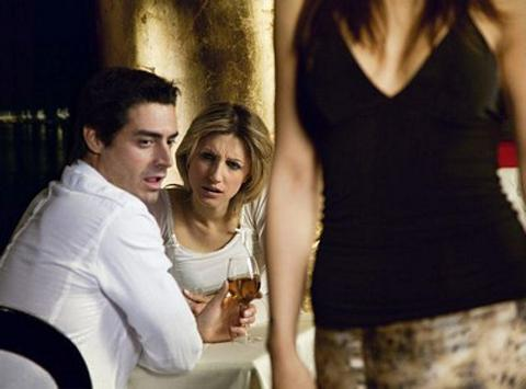 Стоит ли мужчине брить интимную зону  Тестостерон