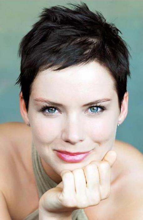 fashionable haircuts for short hair for girls