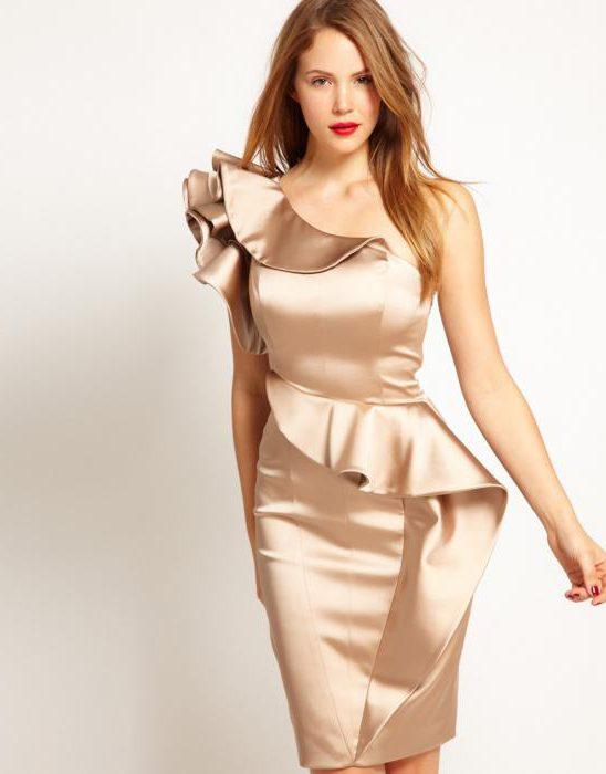 Выкройка платья через плечо с воланом