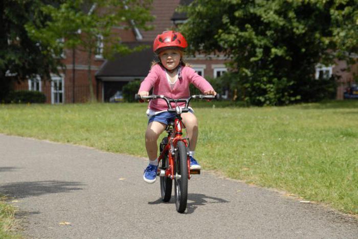 Где научить ребенка кататься на велосипеде