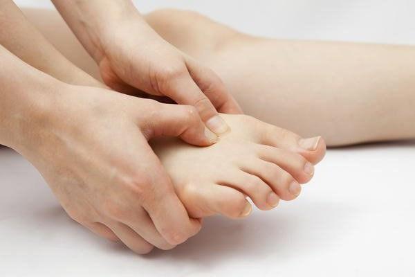 болят ноги ступни что делать