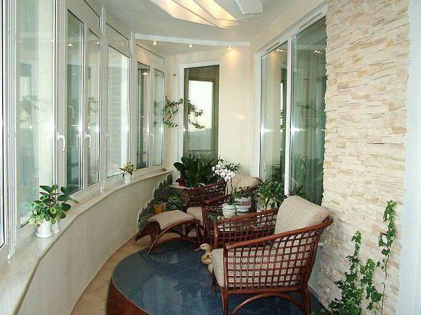 оформление балкона изнутри