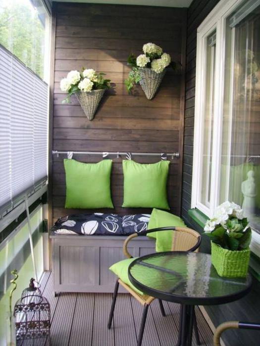 Скамейка на балкон фото