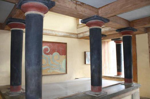 Labyrinths of the Knossos Palace