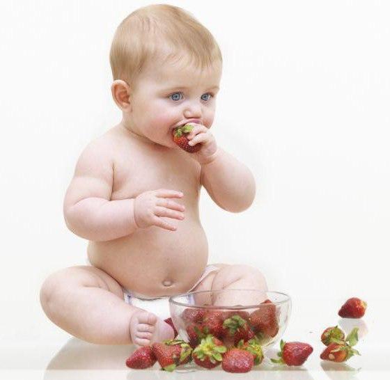 с какого возраста можно давать клубнику детям