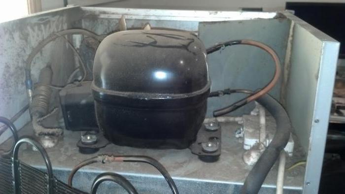 homemade compressor from the refrigerator