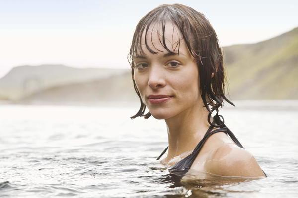 Можно ли купаться с тампоном? Можно ли купаться в море во время месячных