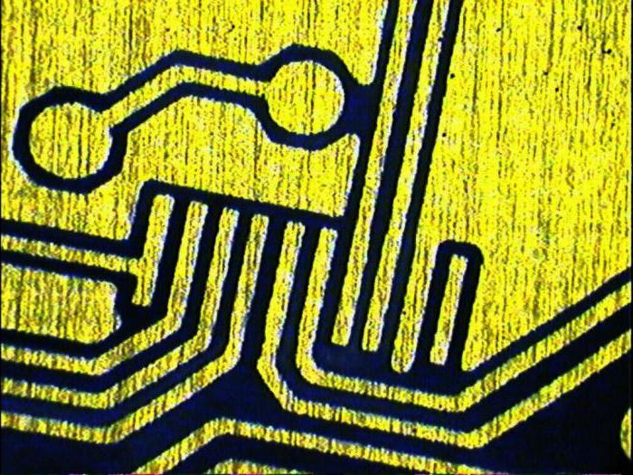 Etching printed circuit boards